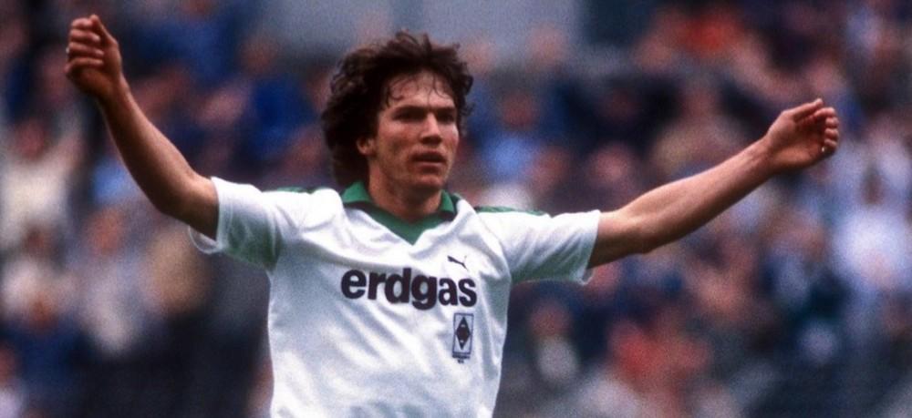 Substituição no Borussia Mönchengladbach: sai Kappa, volta PUMA