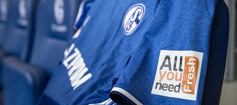 Schalke 04 fecha inovador patrocínio para as mangas de sua camisa