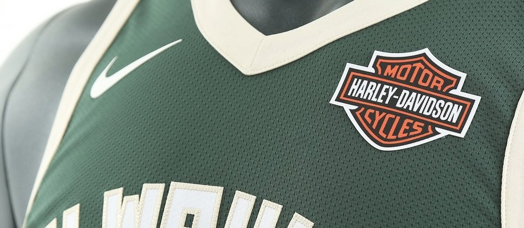 Harley-Davidson acerta patrocínio e figurará na camisa do Milwaukee Bucks