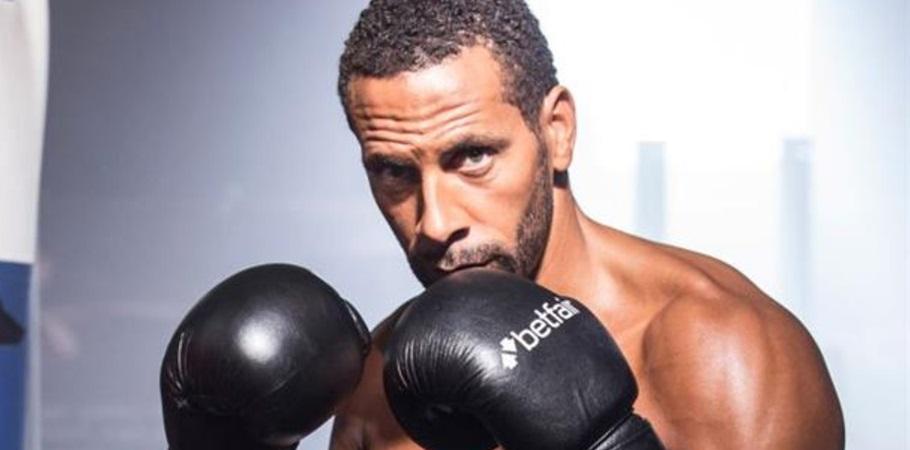 Rio Ferdinand se torna boxeador e anuncia patrocinador