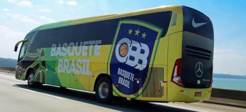 Com homenagem, Mercedes-Benz apresenta o novo ônibus da CBB