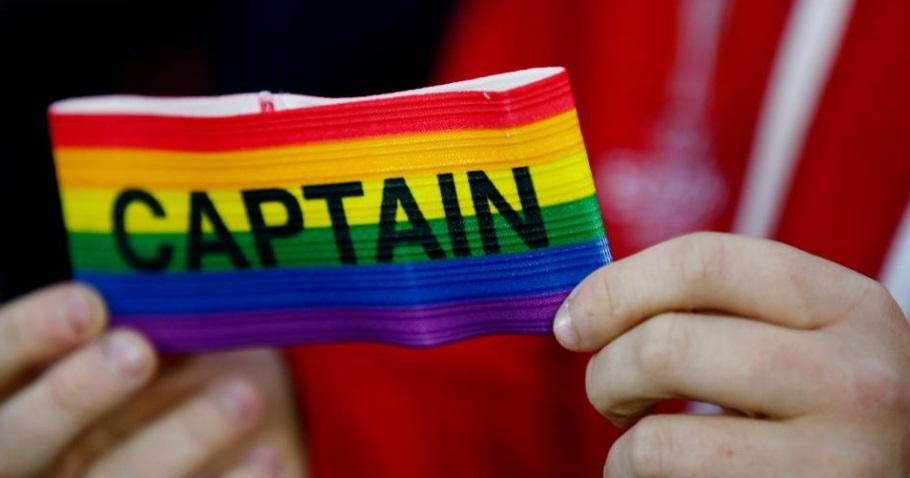Premier League fecha parceria por inclusão da comunidade LGBT no esporte