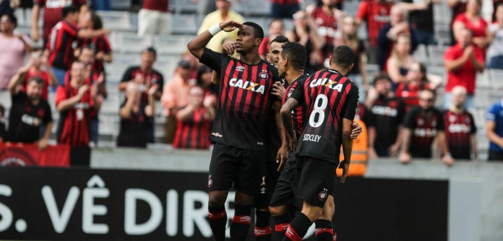 Atlético-PR não fecha com a Globo para o Paranaense de 2018