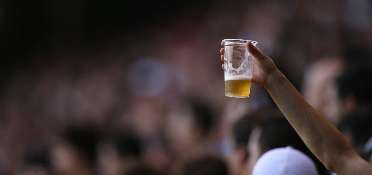 Com lei aprovada, cerveja está liberada nos estádios do Campeonato Paraense de 2018