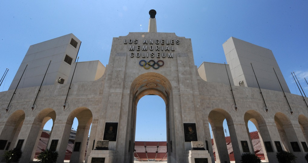 Lendário estádio anuncia acordo de naming rights