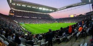 Parceira do Ajax, Hikvision levará inteligência artificial para Arena Corinthians