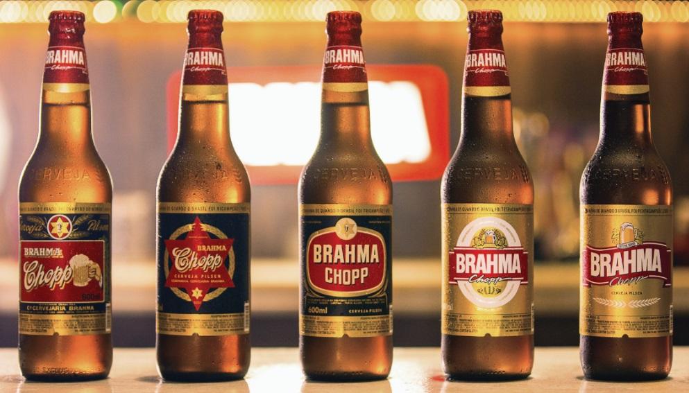 Brahma aproveita Copa e relança rótulos dos anos em que o Brasil foi campeão