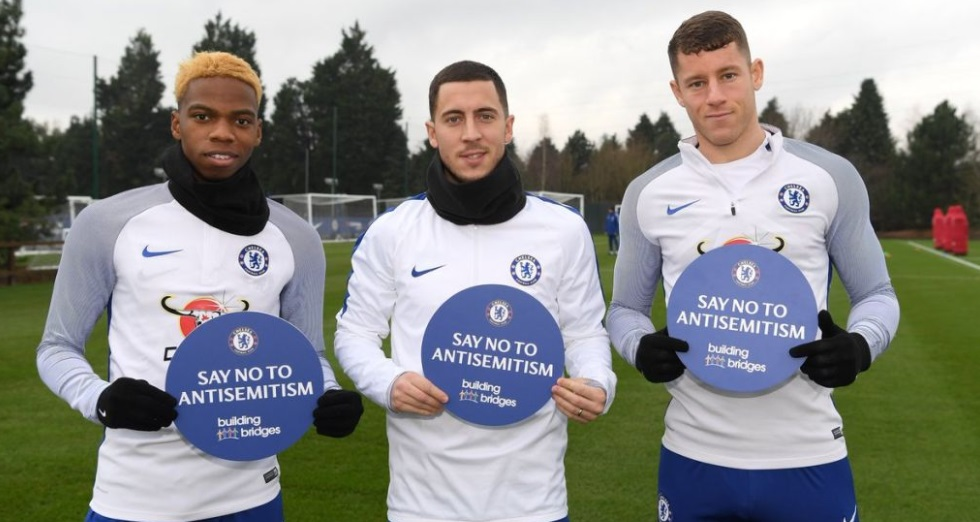 Chelsea amplia iniciativas para combater o anti-semitismo no esporte