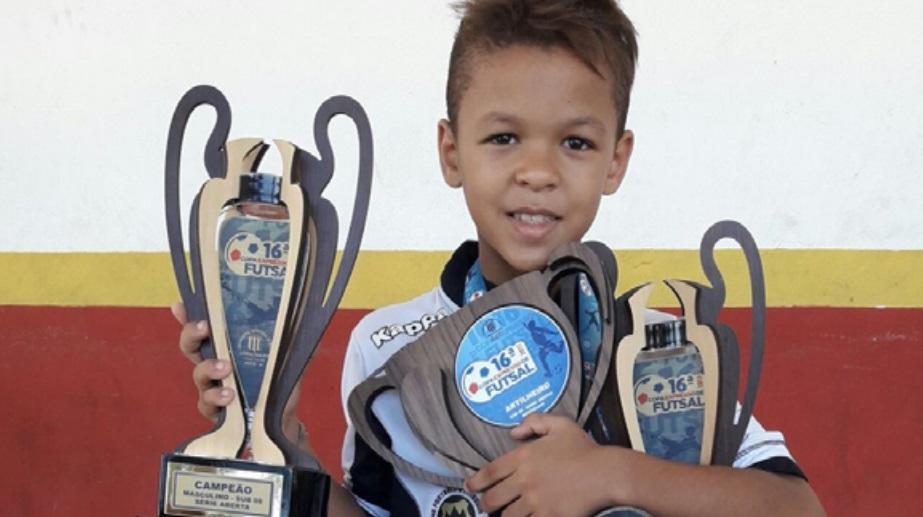 Puma fecha patrocínio com mais jovem atleta do futebol brasileiro