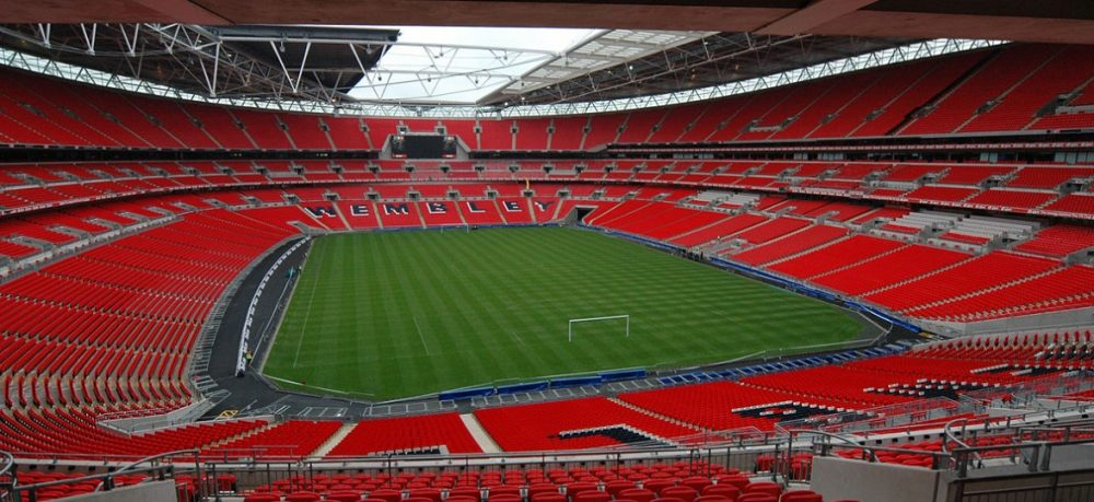 Imprensa inglesa especula venda do Wembley para bilionário dono do Fulham