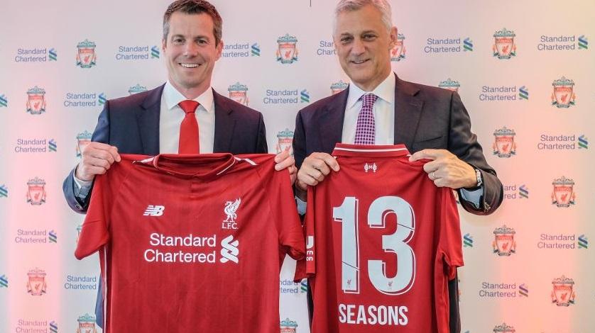 Liverpool renova com Standard Chartered Bank por mais quatro temporadas