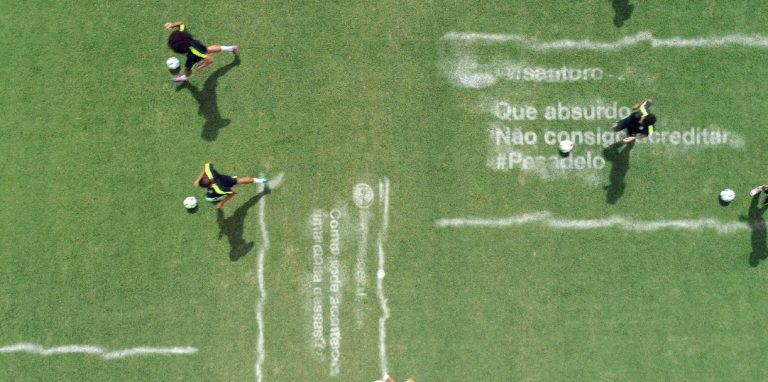 Em vídeo da Gatorade, Seleção Brasileira apaga tuítes de torcedores decepcionados