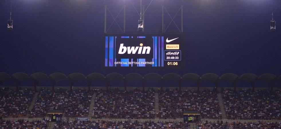 Itália proíbe publicidade de casa de apostas e revolta clubes da Série A