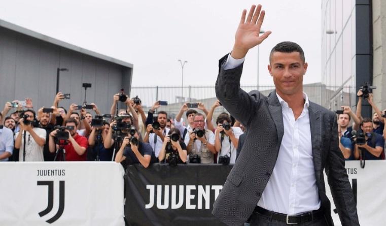 Com Cristiano Ronaldo, Samsung e Trenitalia disputam title sponsor da liga italiana