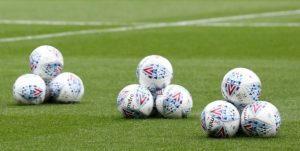 Mitre desbanca a Nike e será a bola oficial de torneios do futebol inglês