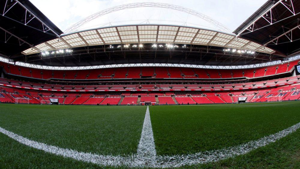 Reino Unido estuda volta dos torcedores aos estádios