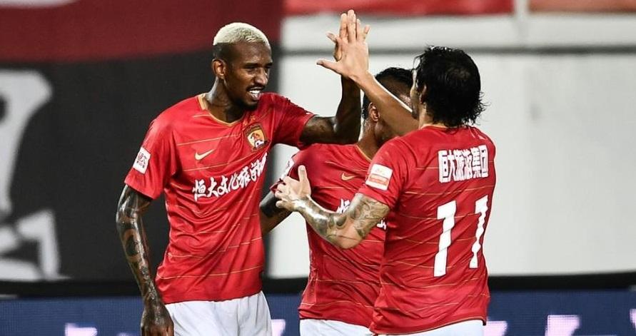 """Contra gastos """"irracionais"""", futebol chinês planeja impor limite salarial"""