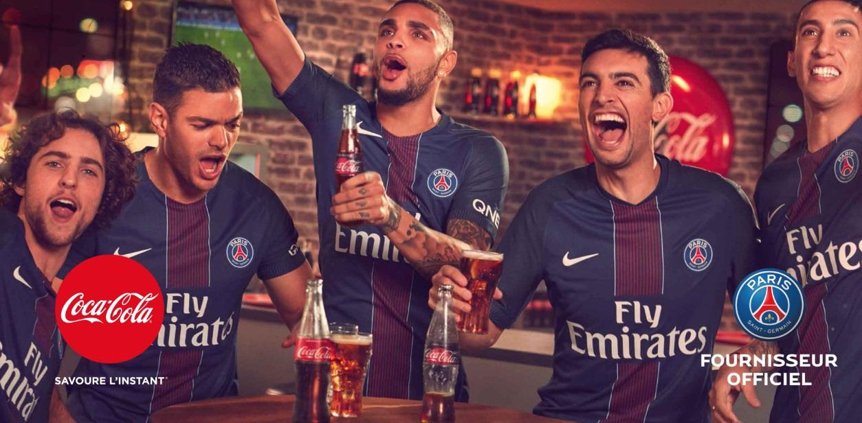 Juntos há 20 anos,  Paris Saint-Germain e Coca-Cola renovam parceria