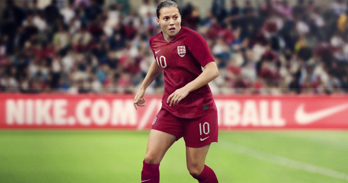Budweiser reforça presença no futebol inglês e fecha com seleção feminina