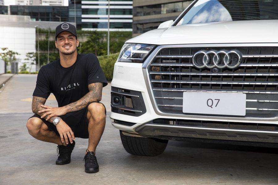 Audi e Gabriel Medina renovam patrocínio por um ano