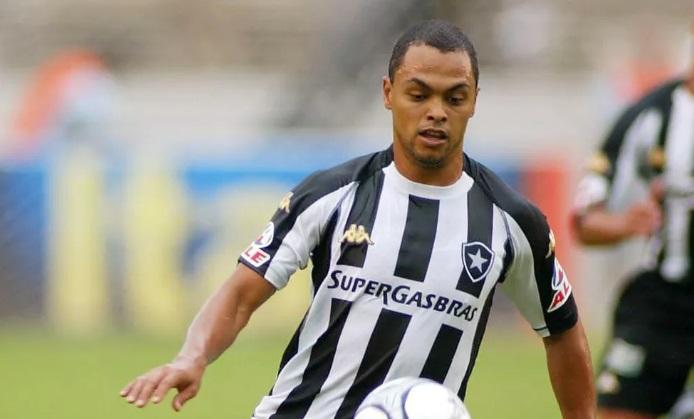 Kappa deve substituir Topper no uniforme do Botafogo
