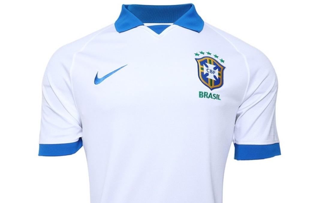 Com Vinicius Junior, CBF apresenta novo escudo e camisa branca da seleção
