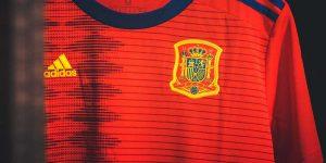 Federação Espanhola de Futebol encerrará parceria com a Adidas