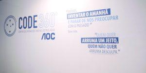 Com apoio da AOC, Cruzeiro inaugura centro para monitoramento digital