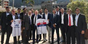 Lyon fecha parceria com Pelé Academia e mira jovens brasileiros