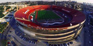 PL que pede liberação da cerveja nos estádios de São Paulo é aprovada