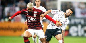 Flamengo e Corinthians somam R$ 7 milhões na concessão de bolsas de estudo