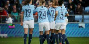 Manchester City e o Chelsea levam futebol feminino para seus estádios