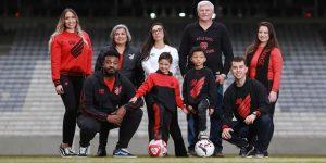Torcedores do Athletico são as novas estrelas da loja online do clube