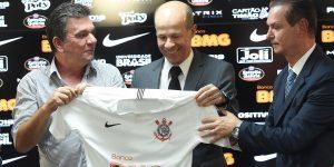 Parceria entre Corinthians e BMG tem resultados baixos