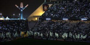 ALE comemora aniversário do Corinthians com inflável gigante no estádio