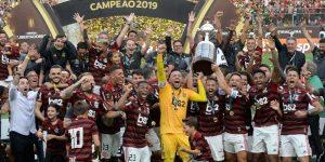 Panini lança álbum de figurinhas da temporada 2019 do Flamengo