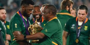 Capitão do time de rugby da África do Sul fecha com agência de Jay-Z