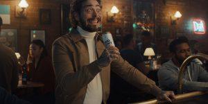 Bud Light terá Post Malone para promover água gaseificada alcoólica no Super Bowl