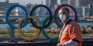 Após casos em delegação, Japão endurece medidas contra a Covid-19