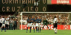 Band exibirá final do Brasileirão de 1998 entre Corinthians x Cruzeiro