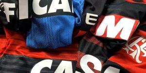 Flamengo lança álcool em gel para combater covid-19
