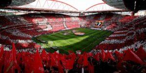 Champions League e Europa League definem sedes com jogos únicos até final