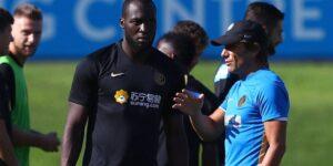 Inter de Milão renova e seguirá com Suning no uniforme de treino
