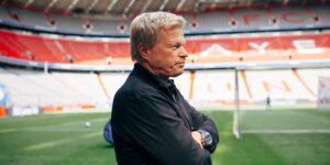 Oliver Kahn lidera projeto de inovação no Bayern de Munique