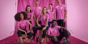 Umbro lança camisa rosa em prol da campanha do Outubro Rosa