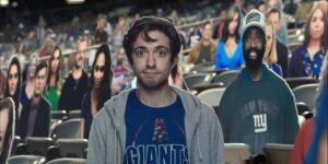 Bud Light brinca com torcedores de papelão em nova campanha