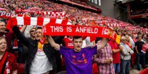 Ligas inglesas pressionam o governo por reabertura dos estádios