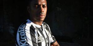 Após chegada de Robinho, patrocinador rescinde contrato com Santos