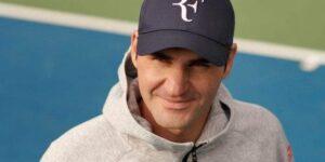 Após acordo com a Nike, Uniqlo lança bonés de Federer com iniciais 'RF'