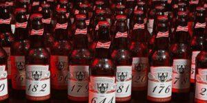 Budweiser envia garrafas aos goleiros que sofreram gols de Lionel Messi